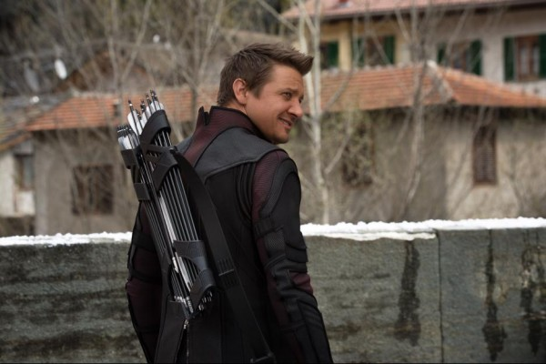 Jeremy Renner as Hawkeye in Avengers: Age of Ultron / Marvel / Disney