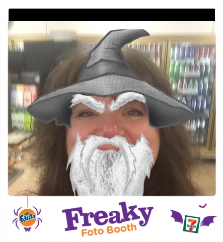 Freaky Foto Booth Wizard