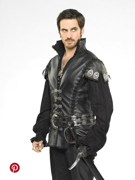Once Upon a Time Season 5 flips the script for its heroes and villains