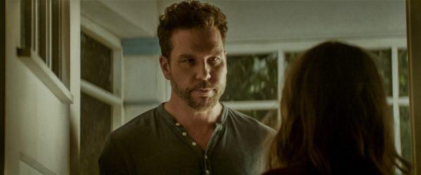 Dane Cook as Robbie