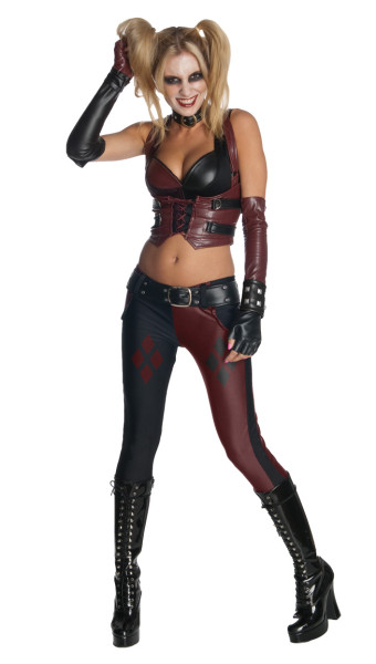 Sexy Harley Quinn at Amazon Cosplay Online Store
